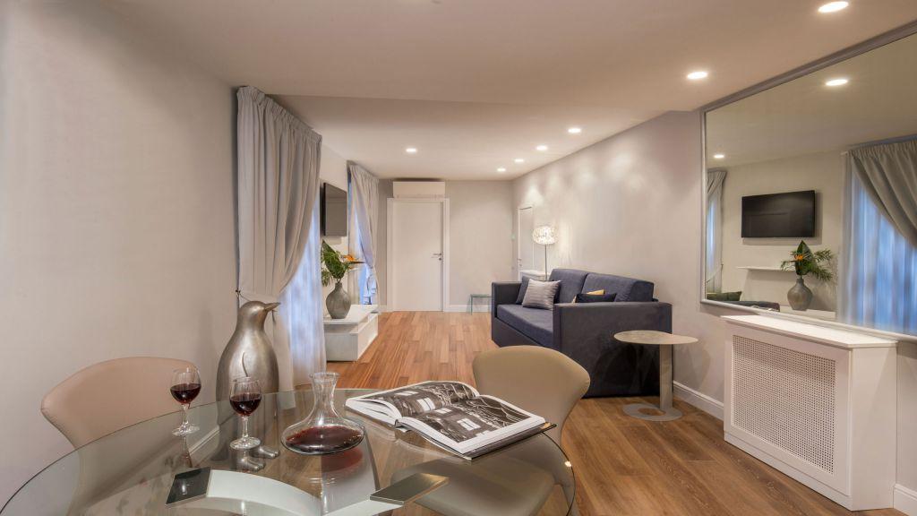 myapartsuite-rome-luxury-spagna-apartment-living-room