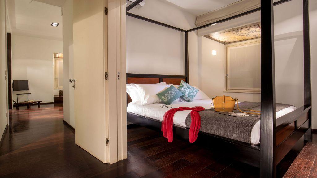 myapartsuite-rome-luxury-torre-argentina-apartment-room-4