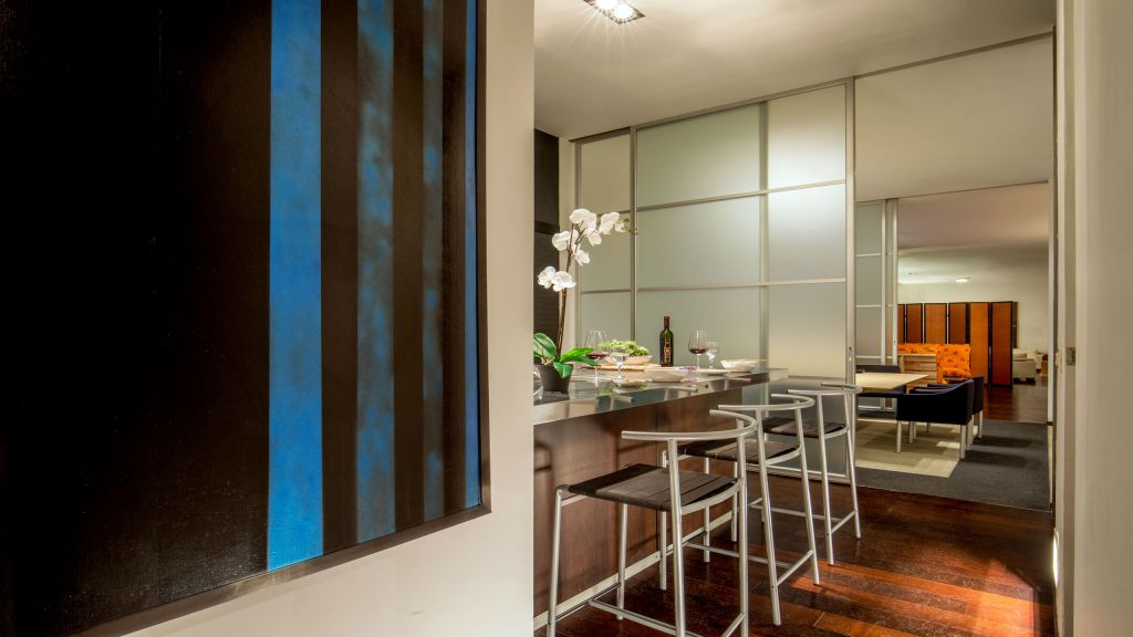 myapartsuite-rome-luxury-torre-argentina-apartment-kitchen-3