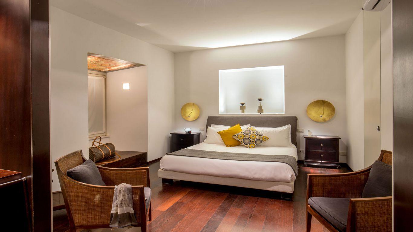 myapartsuite-rome-luxury-torre-argentina-apartment-room
